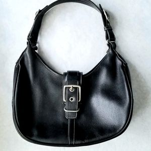 Coach black leather Hampton purse